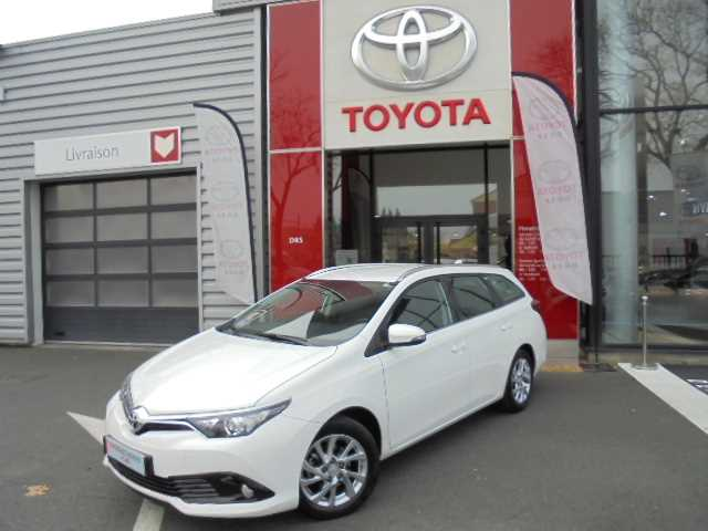 Toyota Auris II Touring Sports 1.2T Dynamic
