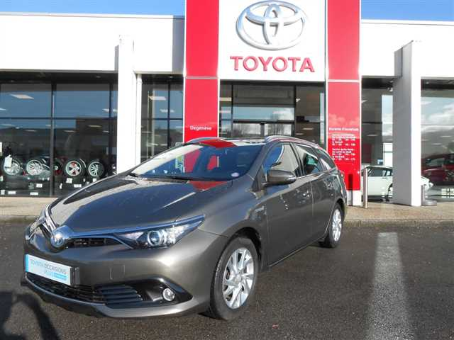 Toyota Auris II Touring Sports Hybride 136h Dynamic